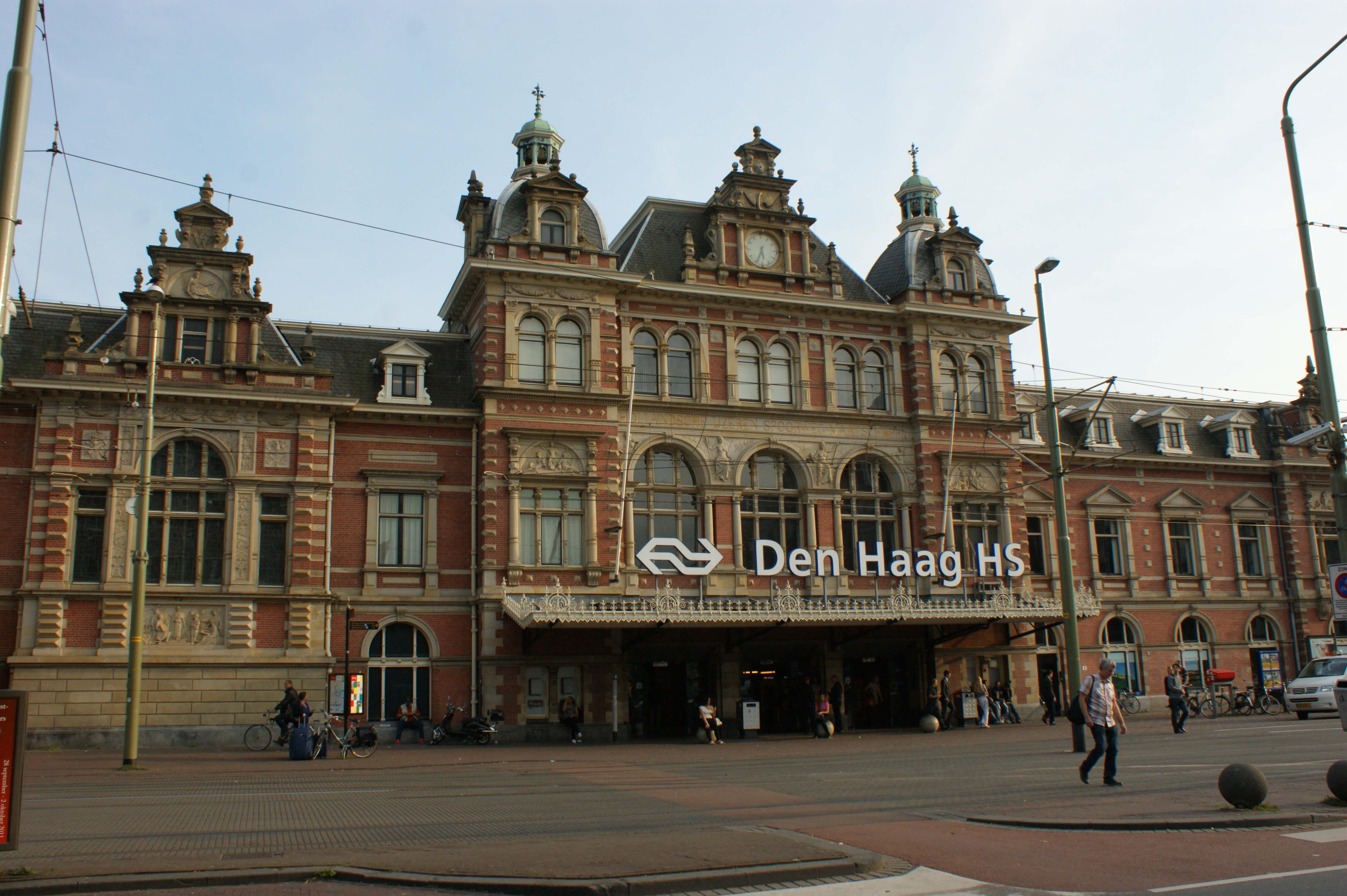 Den_Haag_ _Station_Holland_Spoor_v1